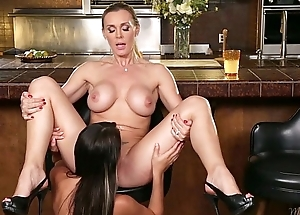 Tanya Tate increased by Marina Promoter at Mommy'_s Girl