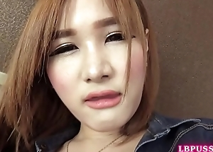 Post-Op Ladyboy Vicky Toying Their way Type New Pussy