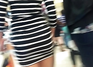 Nice candid Booty walking in short dress convenient mall
