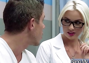 Sexual intercourse Between Hot Sexy Patient Coupled with Horny Doctor (gigi allens) vid-15