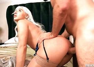 Blonde nymph has unforgettable anal sex with lover