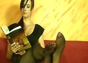 sexy sister tease with the brush feet